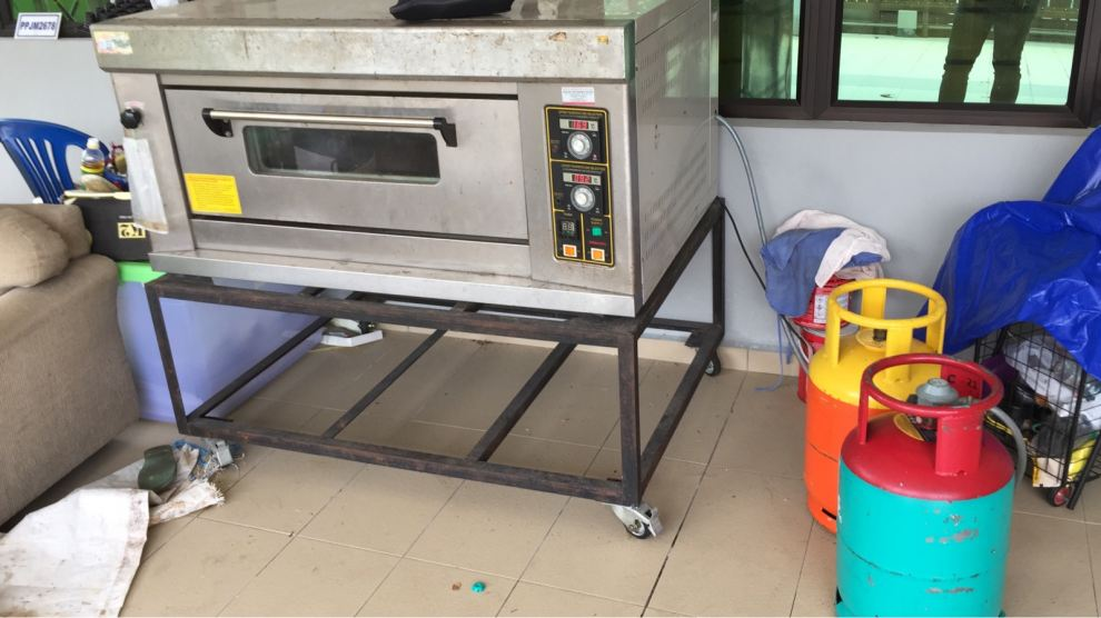 Service / Repair Gas Oven In Johor Bahru (on Site)