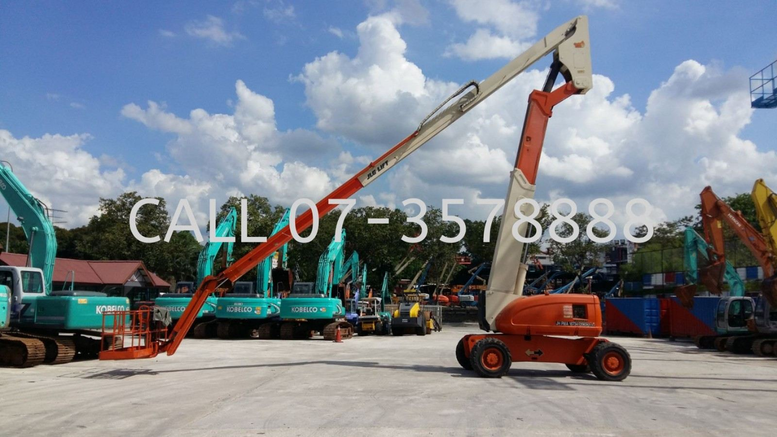 80 Feet (24 Meters) Articulated Boomlift