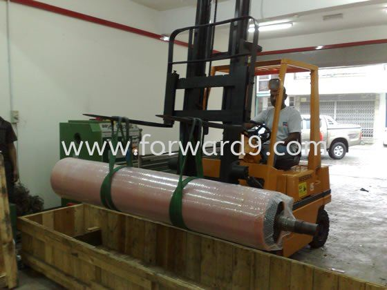 Packaging of Roller  Machinery Polymer ( PU / Rubber etc )