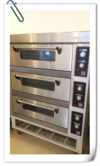 Electric Deck Oven 3 Decks 6 Trays