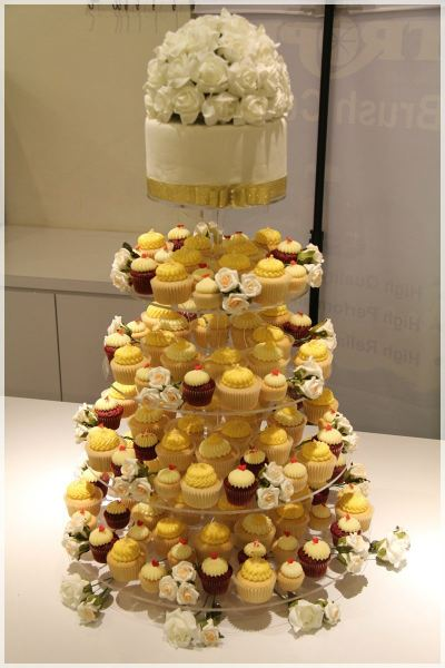Cupcake Tower For Wedding Dinner