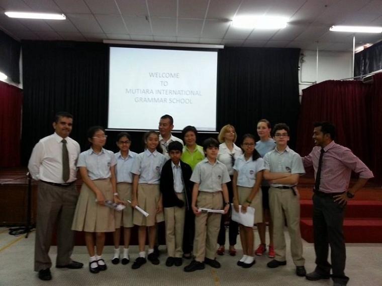 """06.06.2014 Green Talk in Mutiara Int. Grammar School.在安邦再也国际学校与200位学生分享""""绿化环保"""""""