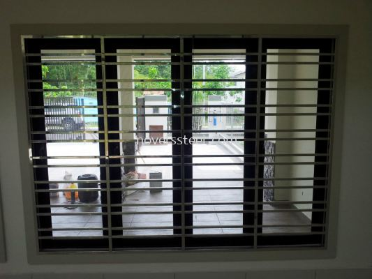 Stainless Steel Window grille 024