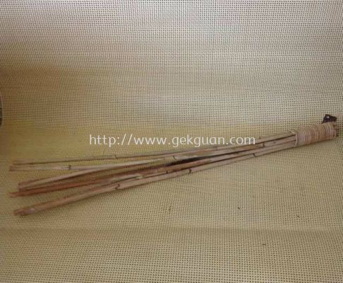 CRU 014 - RATTAN MASSAGE STICK