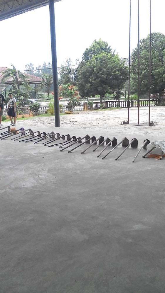 11.10.2014 -Tree planting in SJK(C) Batang Kali, 在雪州�Q冬加里华小种植55棵果树的活动