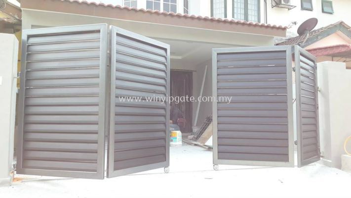 Mild Steel Metal Folding Gate and Fully Aluminum Wood Plate with Po