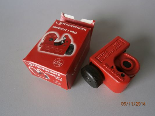 ROTHENBERGER MINICUT TUBE CUTTER