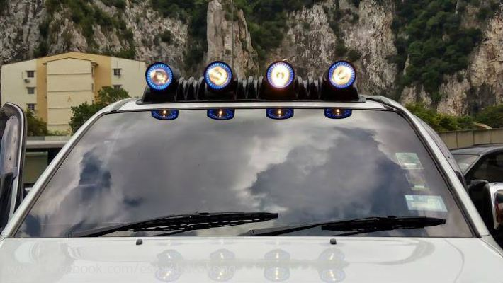 4x4 Roof Lamp