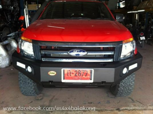 4x4 FRONT HEAVY DUTY IMPORTED BULL BAR , FRONT BUMPER, HILUX, FORD, TRITON, ISUZU,