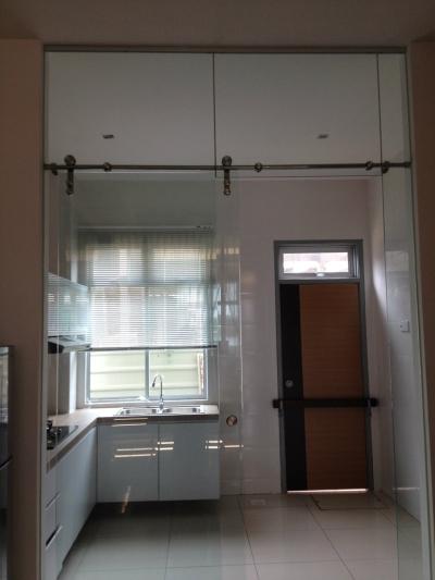TEMPERED GLASS DOOR 10