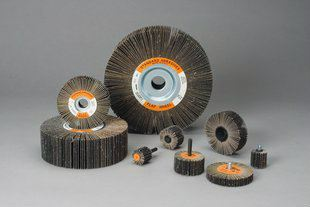 3M - Standard Abrasives™ Aluminum Oxide Flap Wheel 3M Products