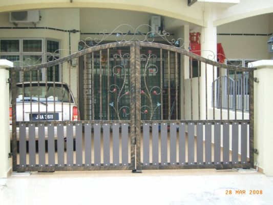 Mild Steel Gate With Wrought Iron 33