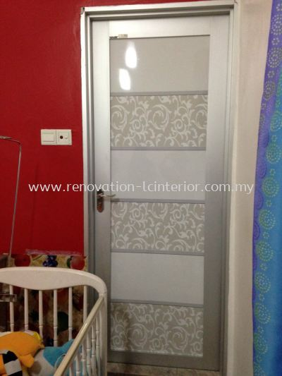 BANDAR DAMAI PERDANA ART FORSTED GLASS DOOR