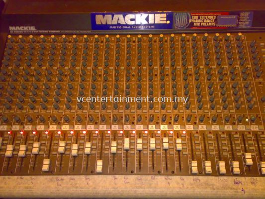 MACKIE 24CH Mixer
