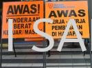 AWAS KENDEERAAN BERAT KELUAR MASUK Safety Signage