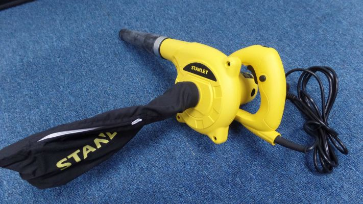 STANLEY STPT600 (600W) BLOWER AND VACUUM CLEANER