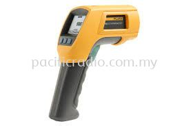 Fluke 568 and 566 Infrared and Contact Thermometers