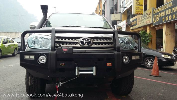 TOYOTA FORTUNER BULL BAR
