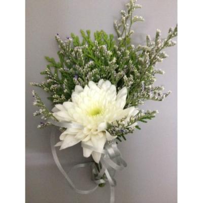 White Chrysanthemum Corsage (CC-009)