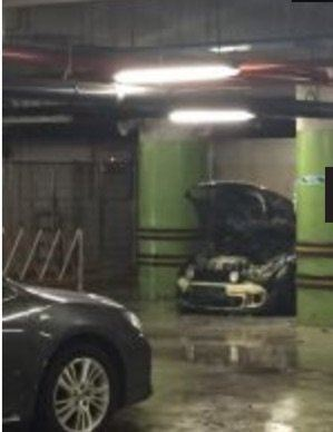 Car caught fire in Tampines 1'S underground carpark (14/11/15)