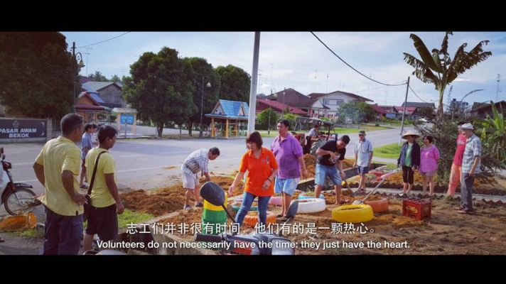 Charity Work At Own Home Town - Bekok