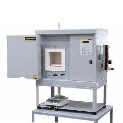 High temperature furnaces with scale for determination of