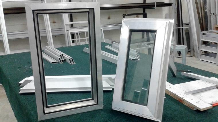 Taman Pelangi Aluminium Windows