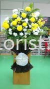 WF21 - fROM rm180.00 Wreaths Flower
