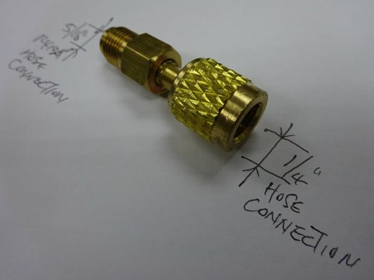 "BRASS CONNECTOR ADAPTOR 5/16""SAE(MALE) X 1/4""NPT(FEMALE)"