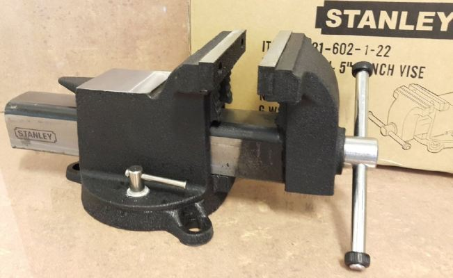 "STANLEY 6"" BENCH VISE WITH BASE ID228782"