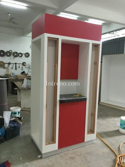 We are specialist in custom made  and design display cabinet in Malaysia