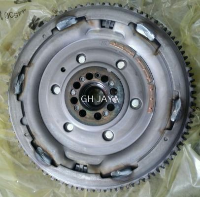 NISSAN NAVARA FLY WHEEL ASSY