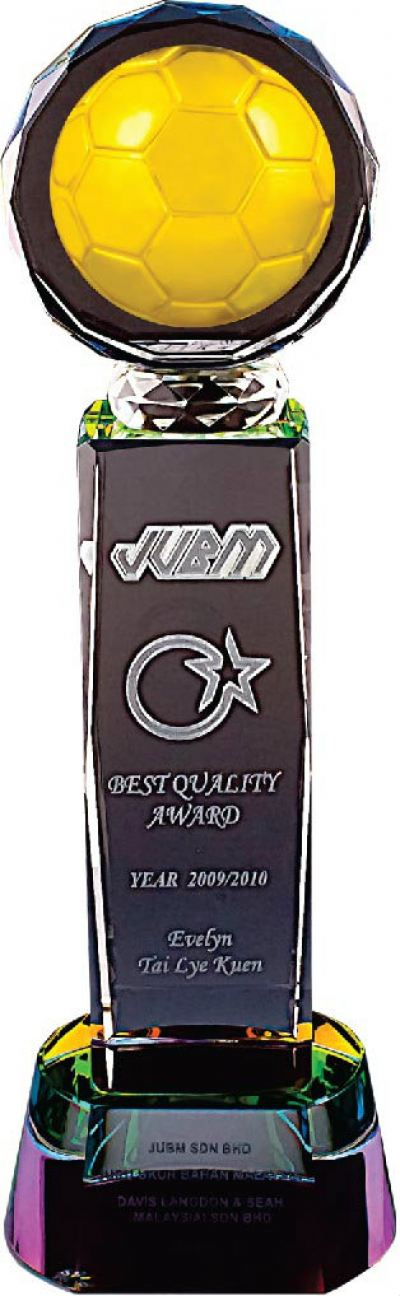 Fusion Crystal Metal Award with Medalian & Half Round Crystal Base ICA33 051