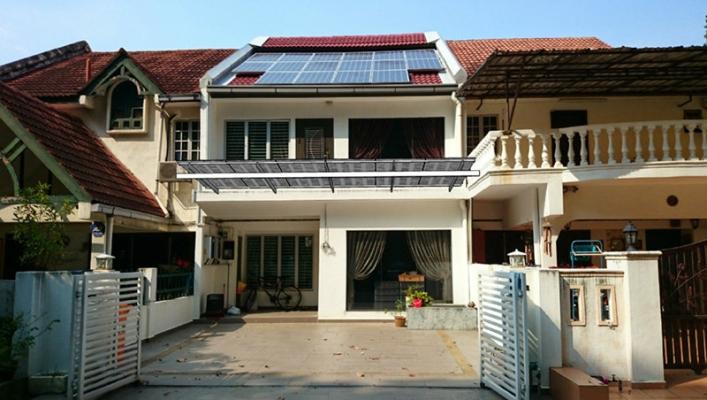 Solar Canopy 6m x 3.2m, 170 W Semi Transparent Panel