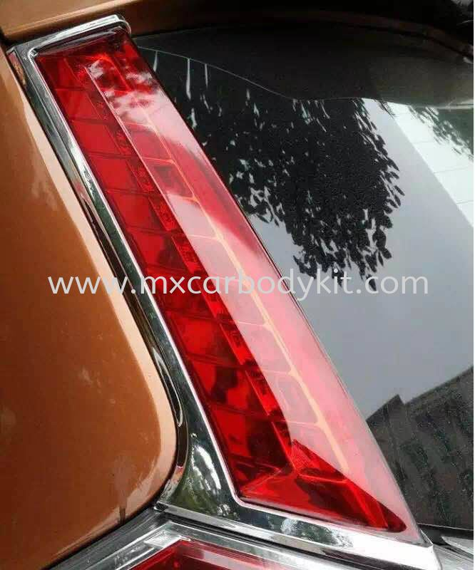 NISSAN X-TRAIL 2015 PILLAR REFLECTOR  PILLAR LIGHT  ACCESSORIES AND AUTO PARTS
