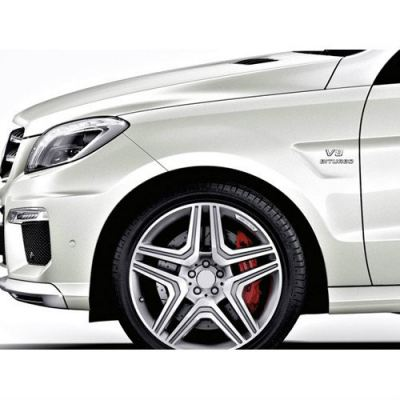 Mercedes Benz M-Class ML63 Look wide fender