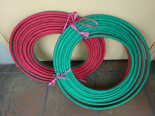 """HELIAIR 1/4"""" RUBBER TWIN HOSE X 10M / ROLL W/P : 400PSI  B/P : 1,700PSI (MADE IN KOREA)"""
