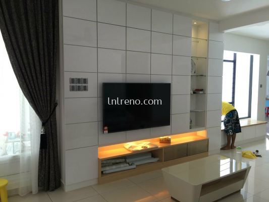 We are specialist in custom made TV cabinet in Malaysia (FREE QUOTATION)