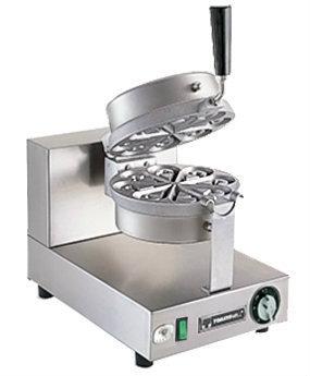 Floral Waffle Machine SSKIWB
