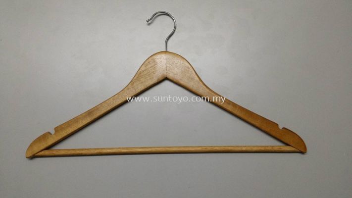 C3012 Wooden Hanger w/Bar