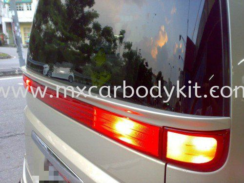 NISSAN ELGRAND 2005 E51 J-EMOTION DESIGN REAR BONNET CENTRE SPOILER ELGRAND 2005 NISSAN