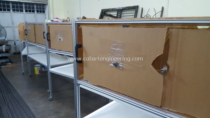 Aluminium Sliding Drawer