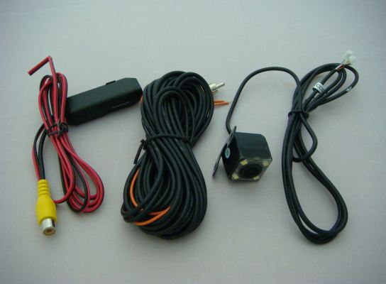 REVERSE CAMERA SQUARE WITH 4 LED INFARED RAY (S/N:001236)