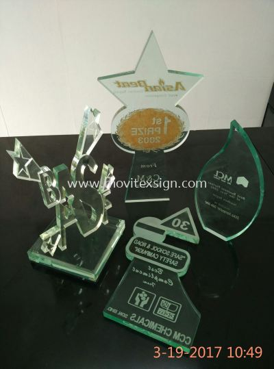 laser cut 2D & 3D n laser Engraving logo & text