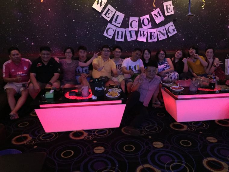 V KBOX FAMILY KARAOKE AT PLAZA SENTUL