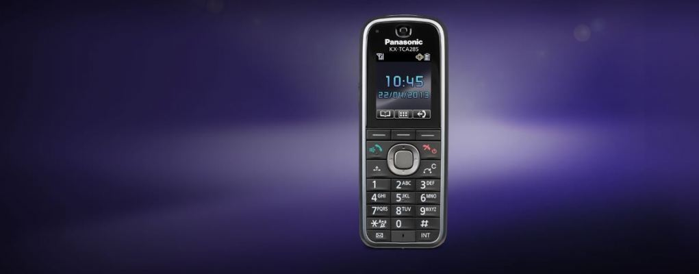 KX-TCA285.Slim and light DECT handset for highly active environments