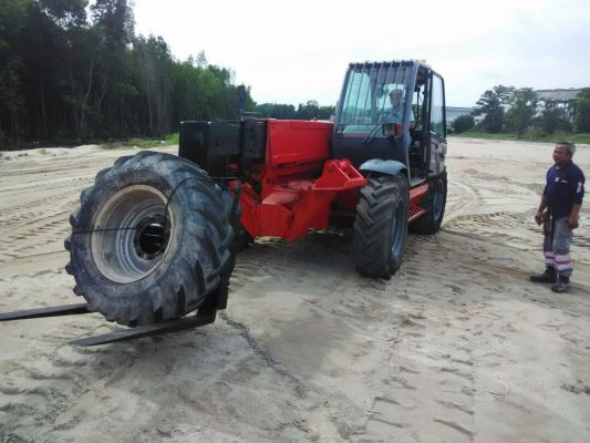 Telehandler MT 1335SL SOLD OUT with warranty