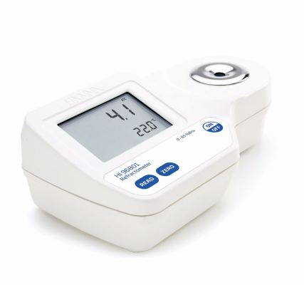 HI96801 Digital Refractometer for Brix Analysis in Foods