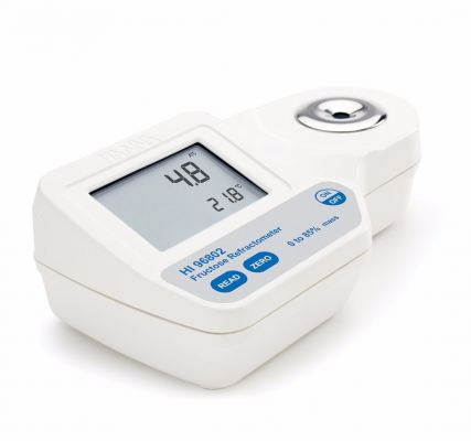 HI96802 Digital Refractometer for % Fructose by Weight Analysis