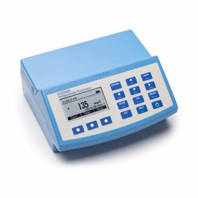HI83300 Multiparameter Benchtop Photometer and pH meter